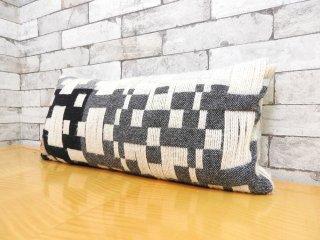 ドナウィルソン スタジオ DONNA WILLSON STUDIO ペナン ロング ウーブンクッション Pennan Long Woven Cushion ウール100% フェザー A ●