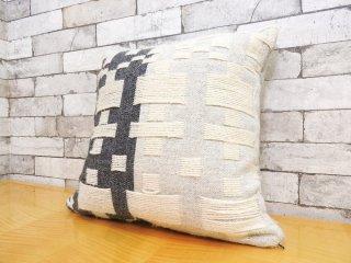 ドナウィルソン スタジオ DONNA WILLSON STUDIO ペナン ロング ウーブンクッション Pennan Long Woven Cushion ウール100% フェザー B ●