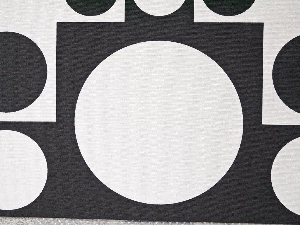 ヴェルナー パントン Verner Panton ジオメトリック B2サイズ ファブリック パネル ブラック 木枠 ウォール インテリア ◇