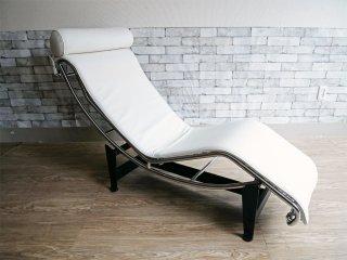 巨匠 ル・コルビジェ Le Corbusier LC4 ソファ 本革 シェーズロング ホワイト 名作 リプロダクト品 現状品 ●
