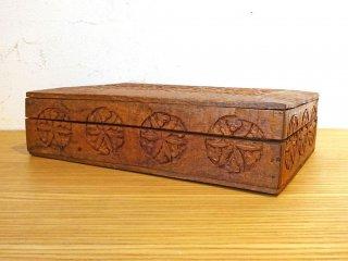 UKアンティーク インレイ 彫刻 木味 花柄 ジュエリーボックス 木箱 小物入 木彫り細工 イギリス ★
