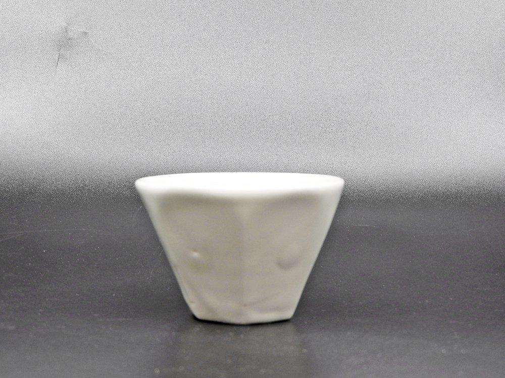 森岡由利子 白磁 酒杯 盃 Φ7cm 現代作家 A ●