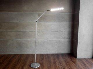 コンセプト Koncept Z-BAR Floor LEDフロアライト シルバー 昼白色 調光機能付 スタンドライト 定価:41,040円 ♪