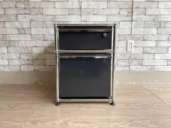ユーエスエムハラー USM Haller モジュラーファニチャー Modular Furniture デスクワゴン グラファイトブラック 2段 ロールボーイ ●