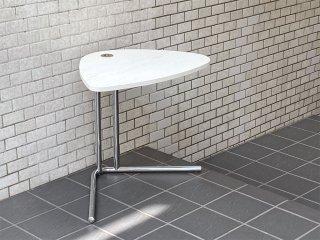 テクタ TECTA サイドテーブル K22 SIDE TABLE アッシュ材 ホワイト アレキサンダーカルダー ドイツ バウハウス ACTUS 取扱 ■
