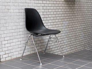 ハーマンミラー HermanMiller サイドシェルチェア スタッキングベース ブラック ポリプロピレン製 イームズ ミッドセンチュリー ■
