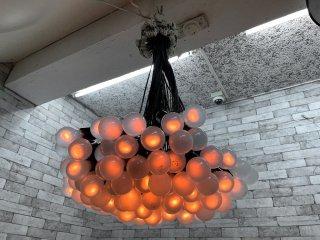 ドローグデザイン Droog Design 85ランプシャンデリア 85 lamp Chandelier ロディ・フラウマンス Rodie Graumans オランダ MOMA展示品 ●