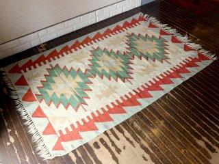 キリム ラグ 絨毯 手織り 176×115cm 現状品 ◎