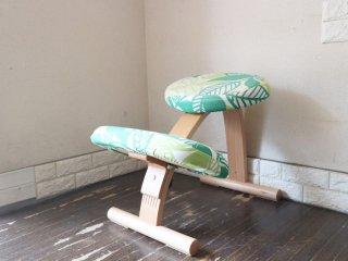 サカモトハウス SAKAMOTO HOUSE リボ Rybo バランスチェア イージー Balans EASY  学習椅子 北欧家具 ノルウェー 北欧ファブリックコラボカバー ヴァクストバーク ◎