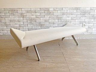 カッシーナ Cassina IXC. ブーメランベンチ BOOMERANG bench グエナエル・ニコラ メッシュ素材 ホワイト系カラー 定価19万円以上 ●