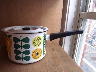 フィネル ホーロー 片手鍋