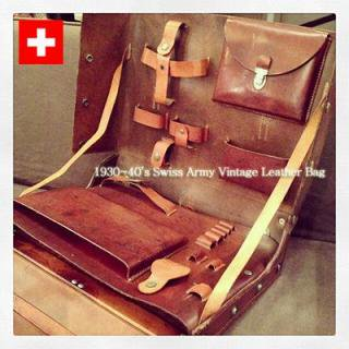☆ 1930〜40'S Vintage Swiss ARMY  Leather Bag / 30年代〜40年代ビンテージ スイス軍レザーバッグ