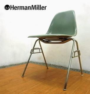 ◇ Hermanmiller / ハーマンミラー ◇ 2ndエディション=5〜70's ヴィンテージ ◇ 「 サイドシェルチェア (ライトオリーヴ)」