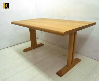 ● 飛騨産業 キツツキ 円空 ダイニングテーブル ナラ無垢材