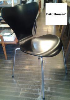 ◎Fritz Hansen (フリッツハンセン)/ Seven Chair(セブンチェア)ブラック