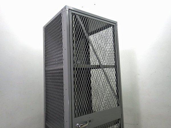 PFS / パシフィックファニチャーサービス 取扱い LYON/ リオン社  『メッシュロッカー』 D●