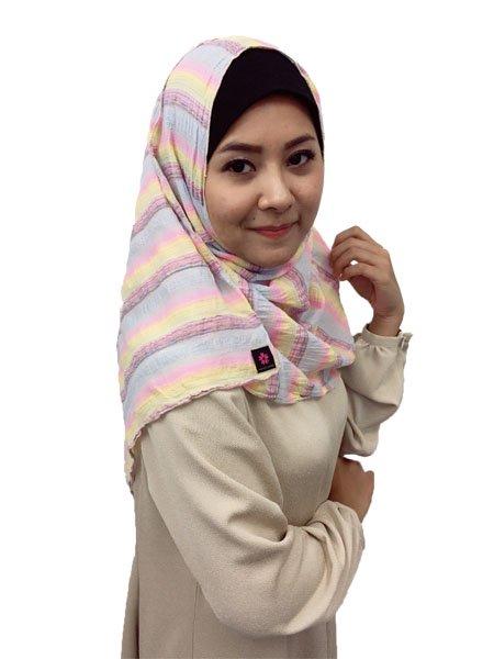 ㉒ヒジャブっていちいち巻くのが大変、ずれちゃうしと思っているムスリムの皆さん。着脱簡単な、ずれないヒジャブがあるんです。WATASI JAPANのインスタントヒジャブならすぐ被れてずれま