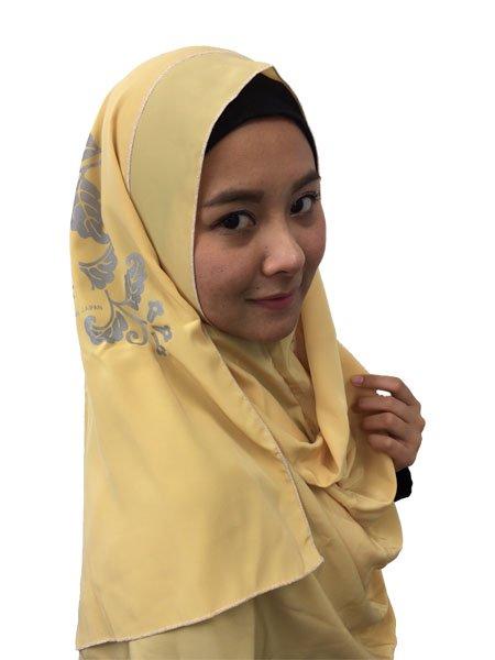 ヒジャブっていちいち巻くのが大変、ずれちゃうしと思っているムスリムの皆さん。着脱簡単な、ずれないヒジャブがあるんです。WATASI JAPANのインスタントヒジャブならすぐ被れてずれません。