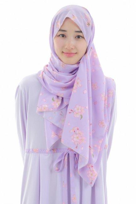 ㉘イスラム教徒へのお土産どうしたらいいのかしら?と悩まれている方へ。軽くて、持ち運びも簡単。イスラム教徒のお土産に最適な日本製ヒジャブです。日本の桜をヒジャブという形で世界に咲かせません