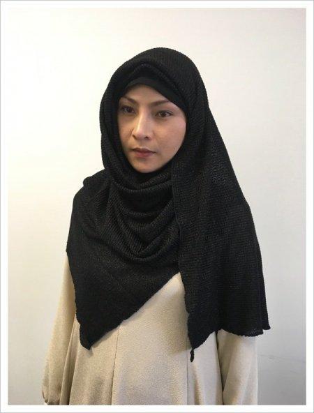 【NEW】イスラム観光に!日よけ寒さよけストールにも♡ヒジャブhijab!初めて買うならカラーはブラック!