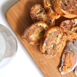 京都新聞にも掲載!壱製パン所×鮒味のふなずしラスク「ビワコッターテ」