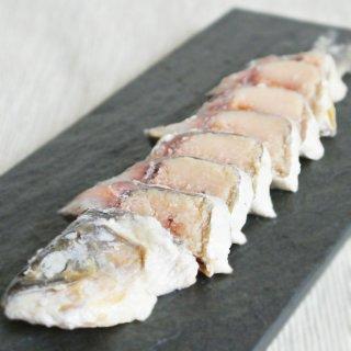 飯寿司の代表「あゆなれ」琵琶湖産 子持ち鮎のなれ寿司2匹セット
