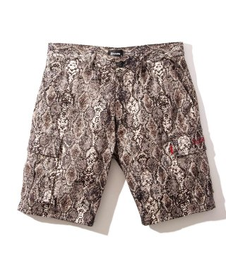 <img class='new_mark_img1' src='https://img.shop-pro.jp/img/new/icons7.gif' style='border:none;display:inline;margin:0px;padding:0px;width:auto;' />PYTHON CARGO SHORTS