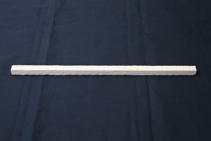 護摩木1尺×10mm角(500本入り)