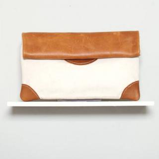 Sseko Designs:<br>Caramel Saddle Clutch