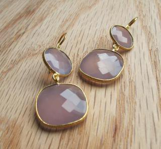 Belesas:<br>Pink Quartz Earrings