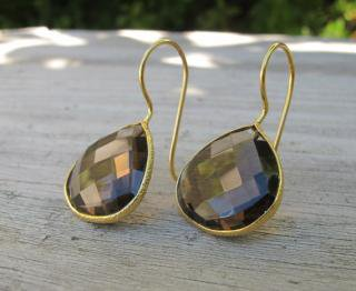 Belesas:<br>Gold Topaz Earrings