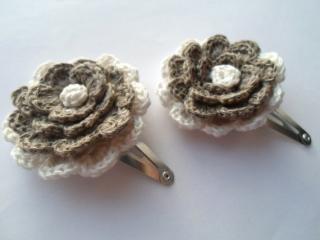 Man Crochets:<br>Hair Clip<br>(Brown & White Flower)