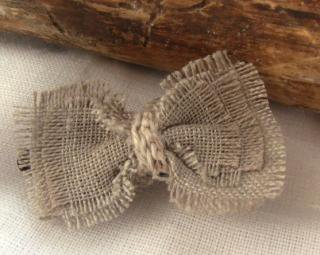 Man Crochets:<br>Hair Clip<br>(Linen Bow)