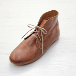 Sseko Designs:<br>Caramel Brown Leather<br>Nomad Chukka