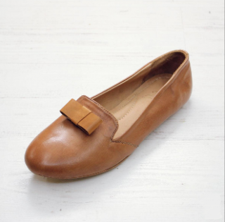 Sseko Designs:<br>Flat Bow Accent Leather Loafer<br>Caramel