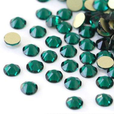 【納期4週間程度】卸専用ガラスラインストーン ブルージルコン<br>SS3〜SS30サイズ選択可 約14400粒