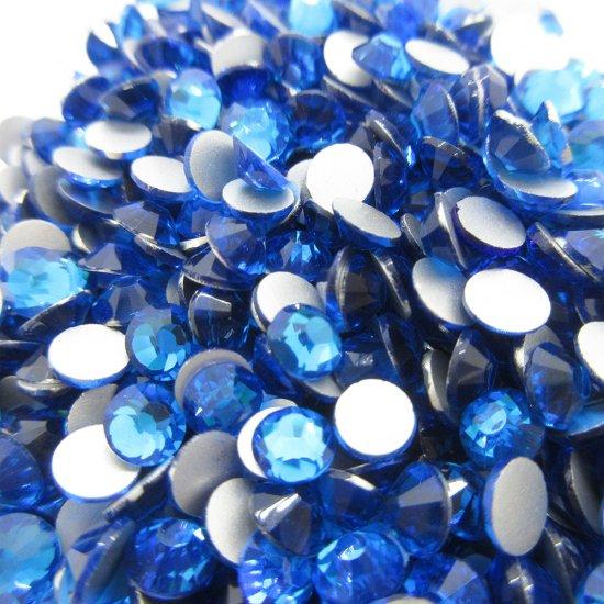 【納期4週間程度】卸専用ガラスラインストーン カプリブルー<br>SS3〜SS30サイズ選択可 約14400粒
