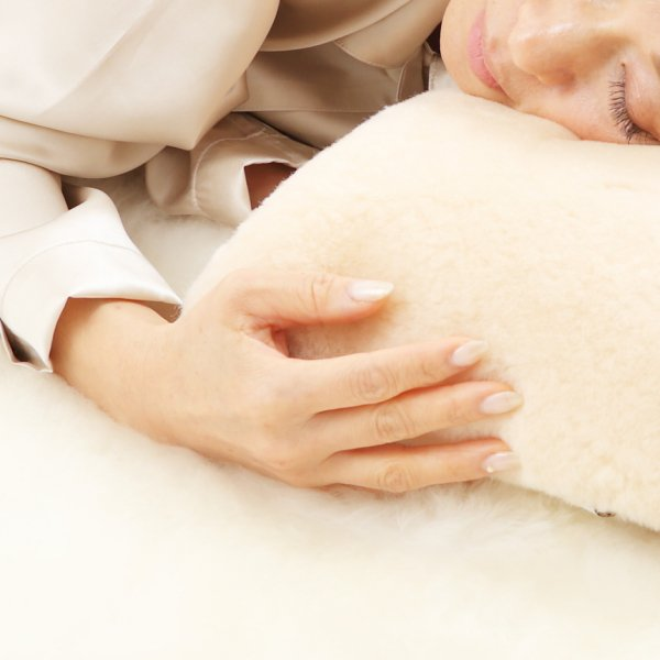 ムートン枕