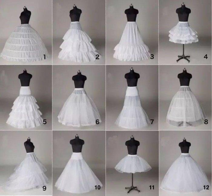 ドレス、ワンピースに使えるパニエ9種類 白と黒