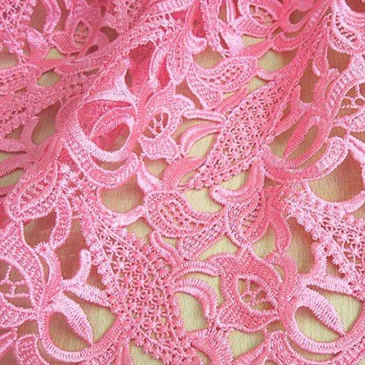 LC1060ピンクの花柄レース