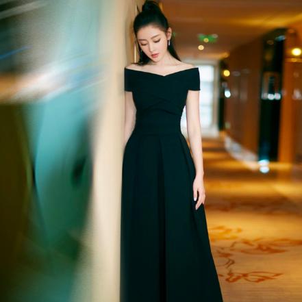 SO1021  セミオーダー 黒のロングワンピースドレス