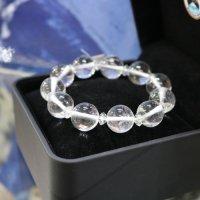 完全天然純粋な水晶 ヒマラヤ水晶15mm玉 腕サイズ18cm 箱プレゼント付き