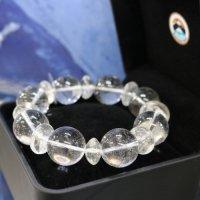 完全天然純粋な水晶 ヒマラヤ水晶20mm玉 腕サイズ17cm 箱プレゼント付き