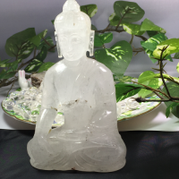 ヒマラヤ水晶仏像 (天然石彫刻ブッダ)