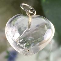 ハート水晶ペンダント (安定バランス保つ)