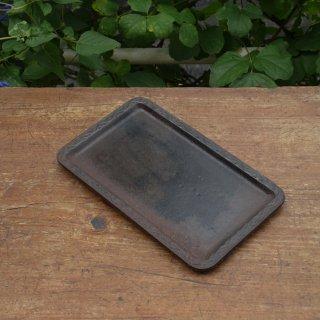 古い鉄製のトレイ