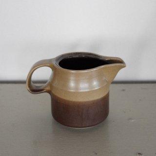 陶製のピッチャー