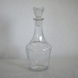古いフランス製のお酒の瓶
