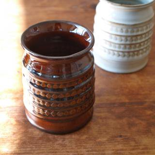 ハンドメイドの陶器製ツールスタンド(ブラウン)