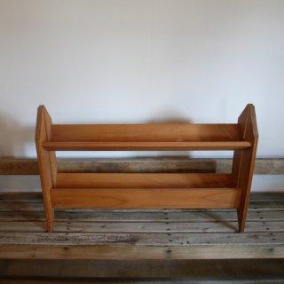回転式二段の木製の本棚
